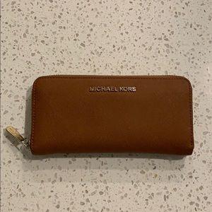 Michael Kors saffion leather wallet